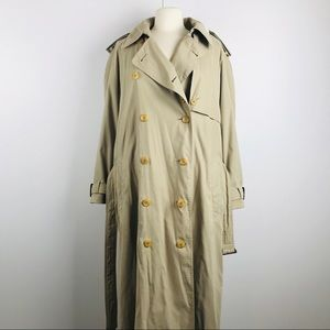 Burberry Vintage Tan Trench Coat Removable Liner